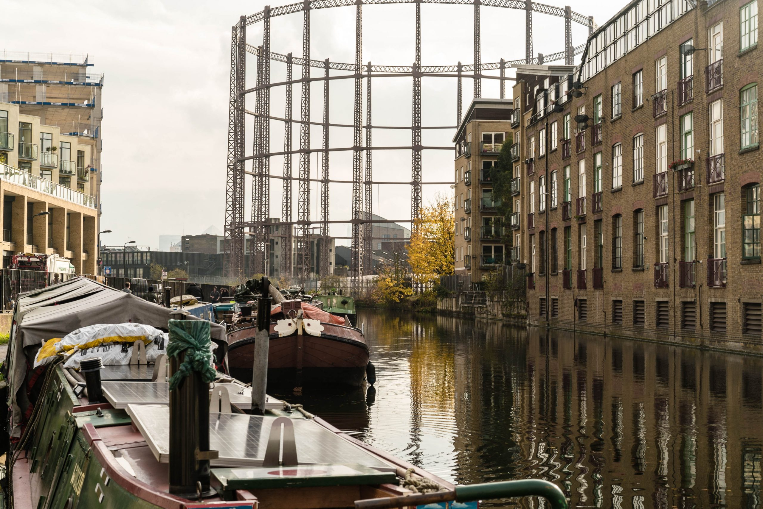 Regent's Canal: The Houseboats of Hackney
